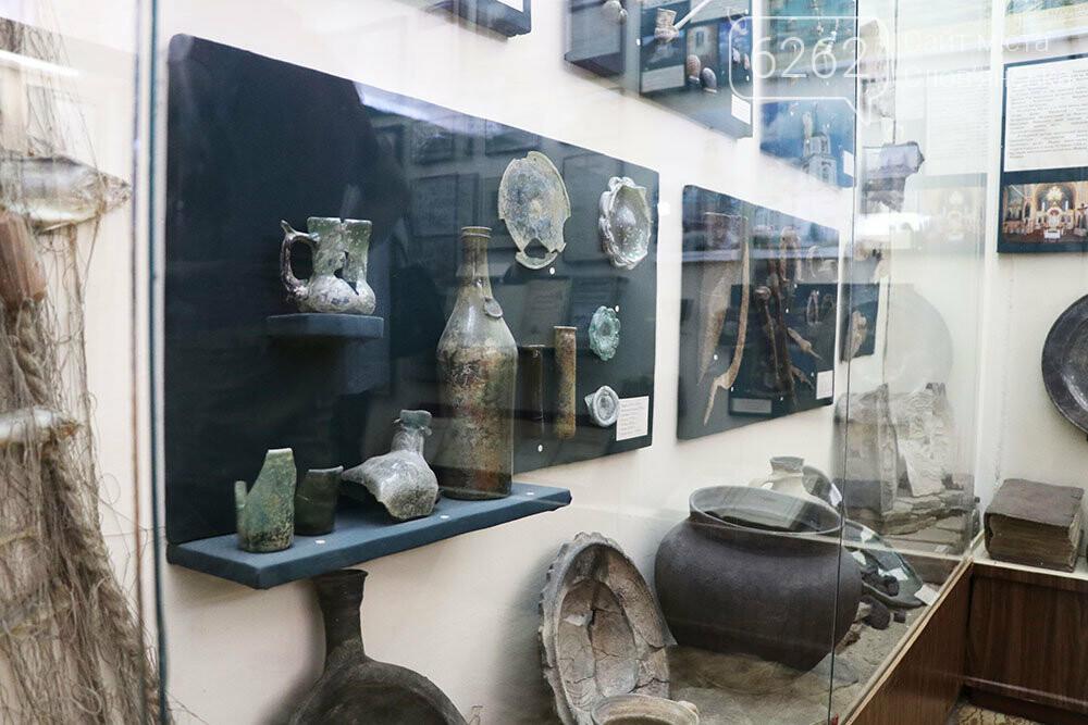 Знаряддя Палеоліту та язичницькі амулети: унікальна виставка у музеї Слов'янська, фото-18