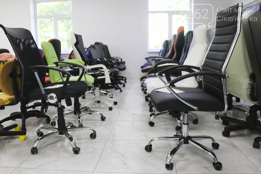 Для офиса и дома: в Славянске открылась новая мебельная студия «Стиль», фото-6