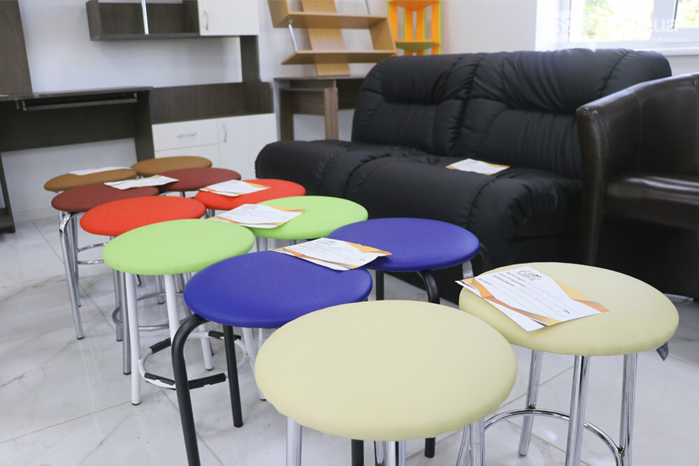 Для офиса и дома: в Славянске открылась новая мебельная студия «Стиль», фото-13