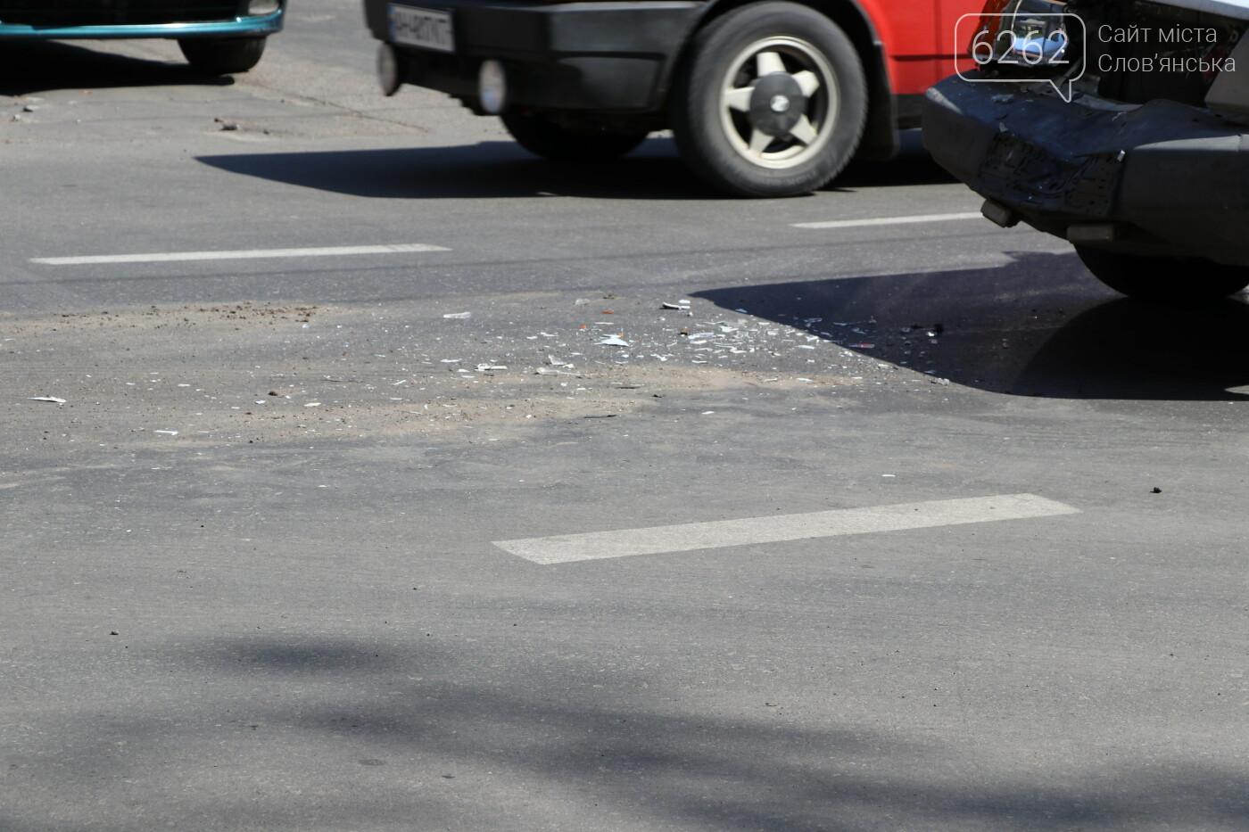 Аварія у центрі міста. Без постраждалих, фото-2