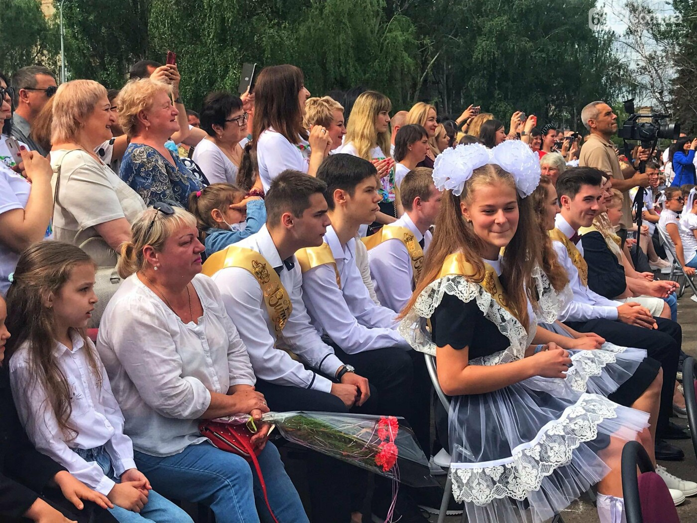 У Слов'янську лунають останні дзвоники для школярів , фото-2