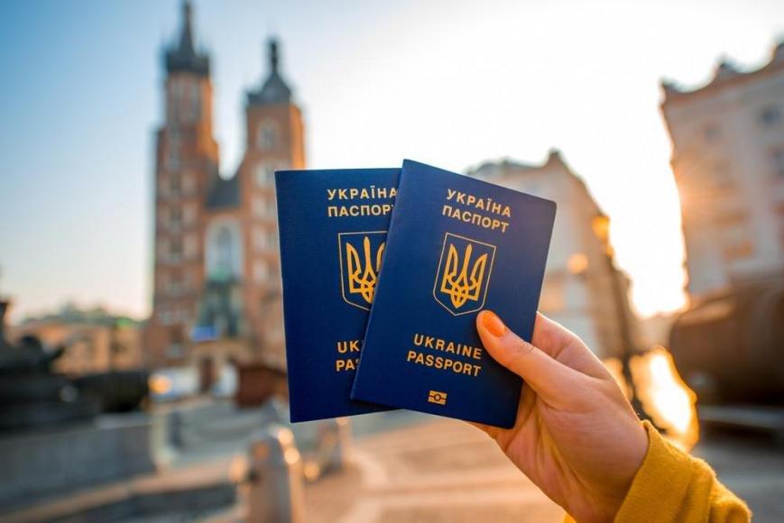Відсьогодні  в Україні діє безвізовий режим з Європою, фото-1