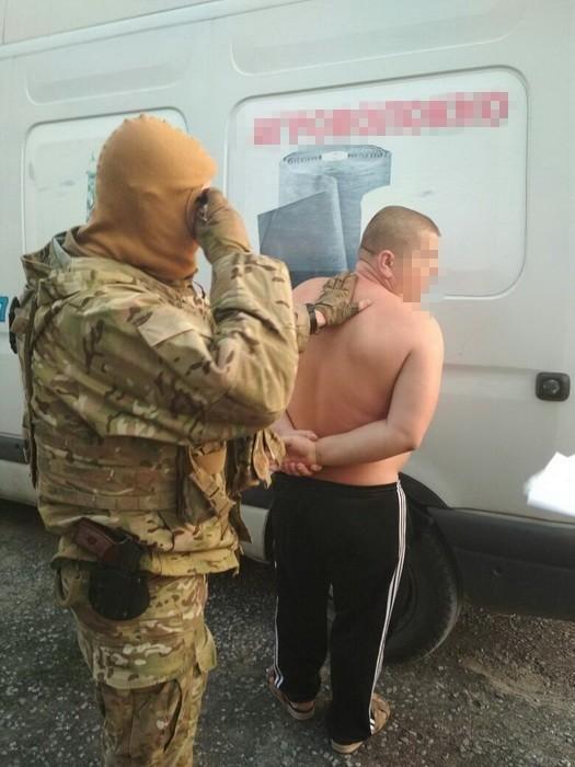 В Славянске задержан информатор террористов (фото), фото-2