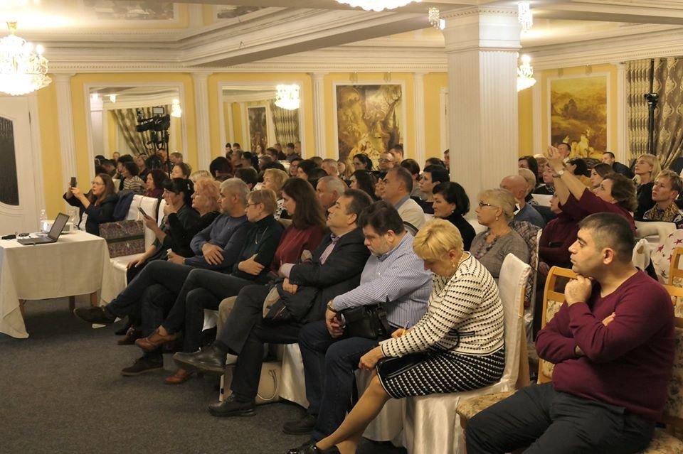 В Донецької області  відбулася науково-практична конференція «Клінічна неврологія та нейрохірургія- нові аспекти в діагностиці та лікуванні», фото-8