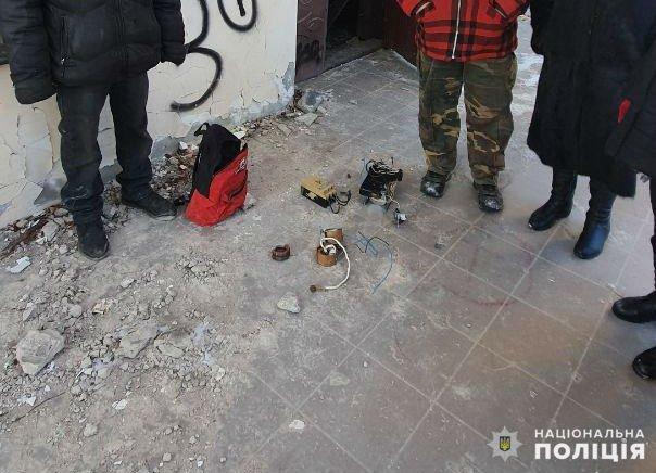 Крадіжки та аварія на переході. Кримінальні події доби у Слов'янську, фото-1