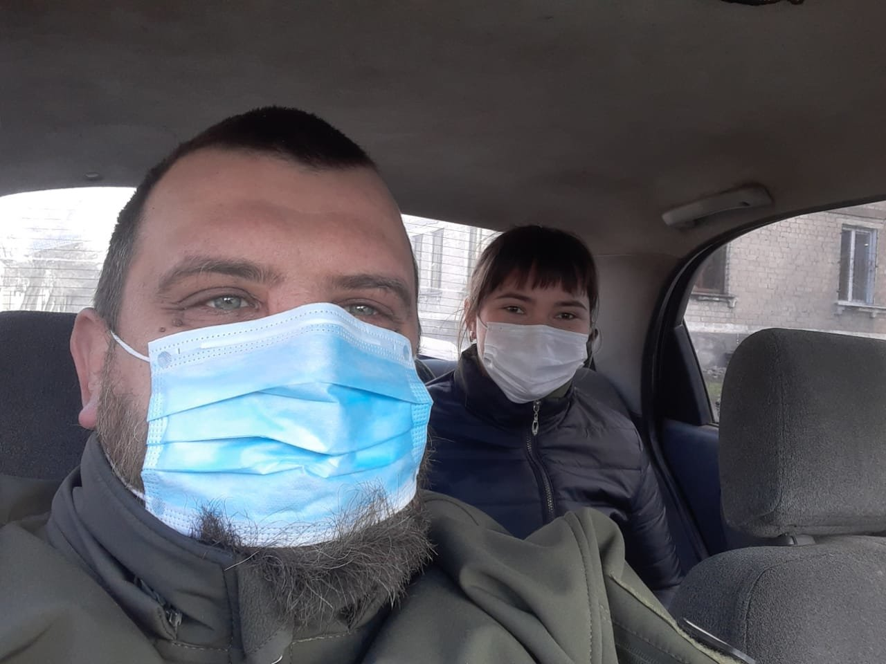 Допомагав лікарям дістатися до роботи, - чоловік, який вразив 6262 під час карантину, фото-2