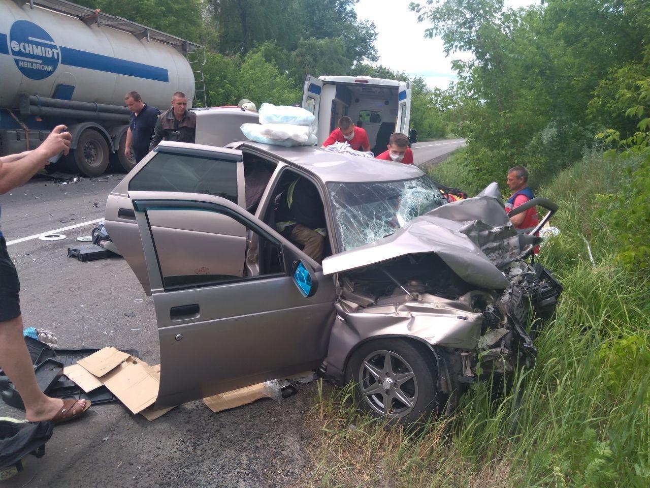 Шахраї та ДТП кожного дня: що сталося у Слов'янську протягом минулого тижня, фото-10