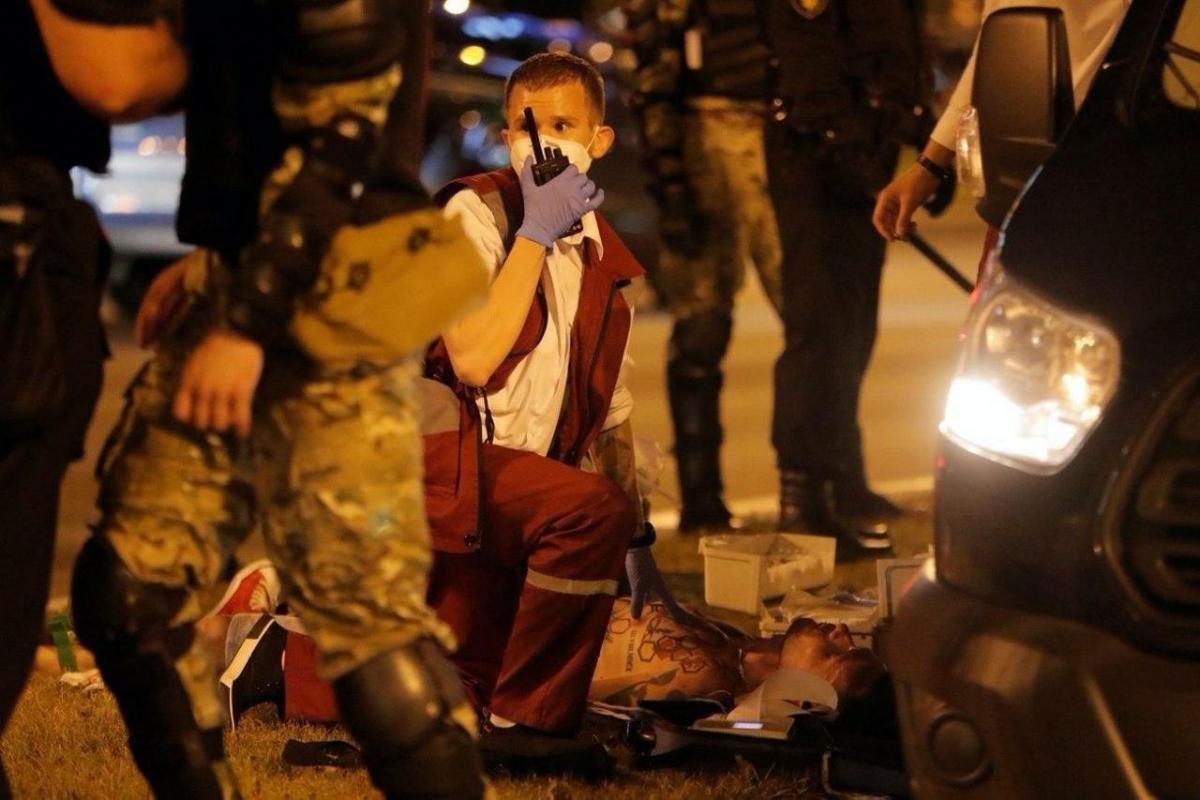 Вибори, сутички, протести і перший загиблий. Що відбувається в Білорусі, фото-1