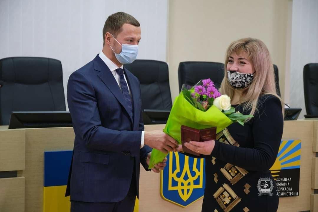 Директорку обласного центру СНІДу у Слов'янську нагородили Орденом Княгині Ольги, фото-2