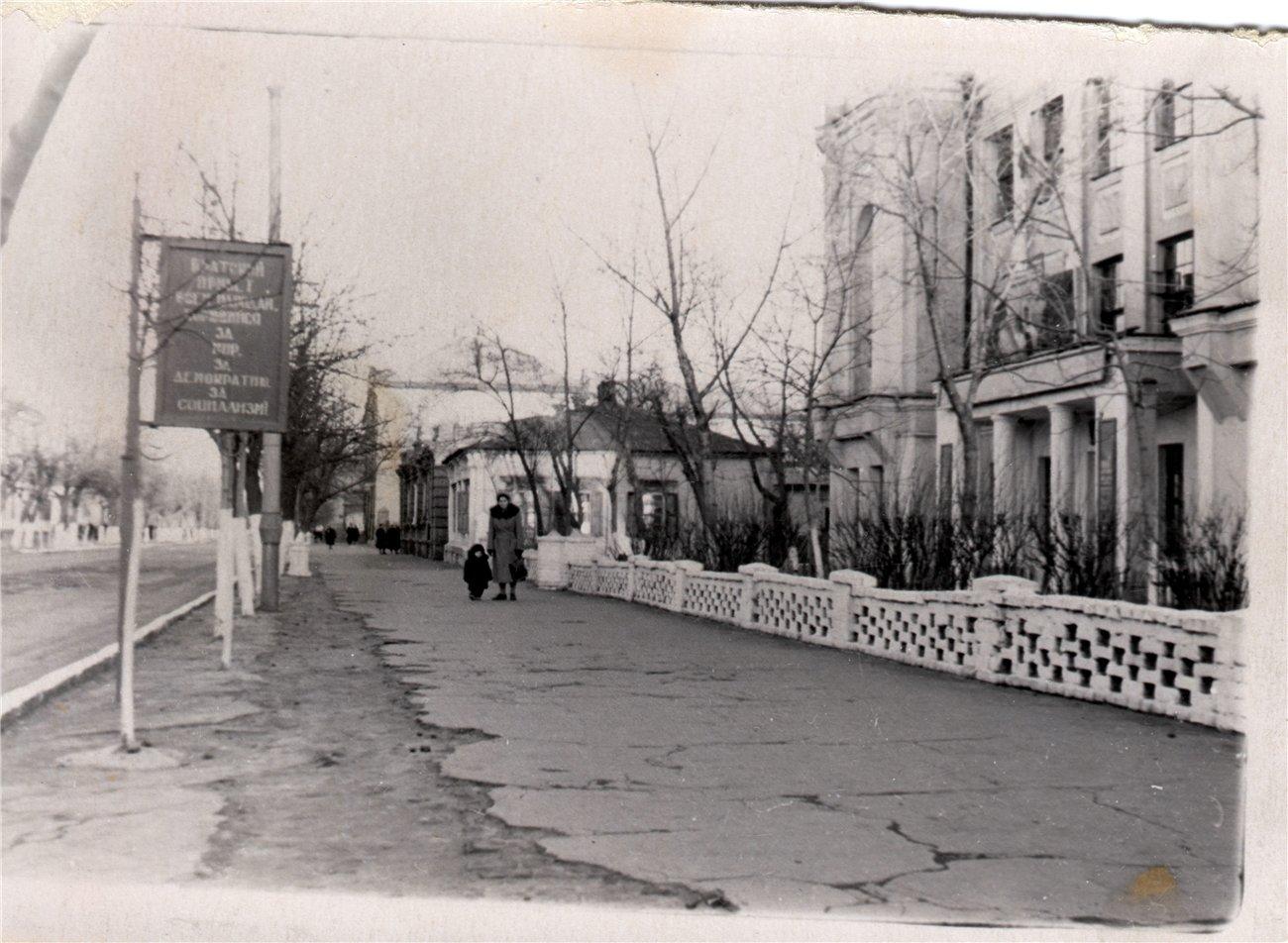 Старими вулицями Слов'янська. Вечірня добірка фотографій , фото-8