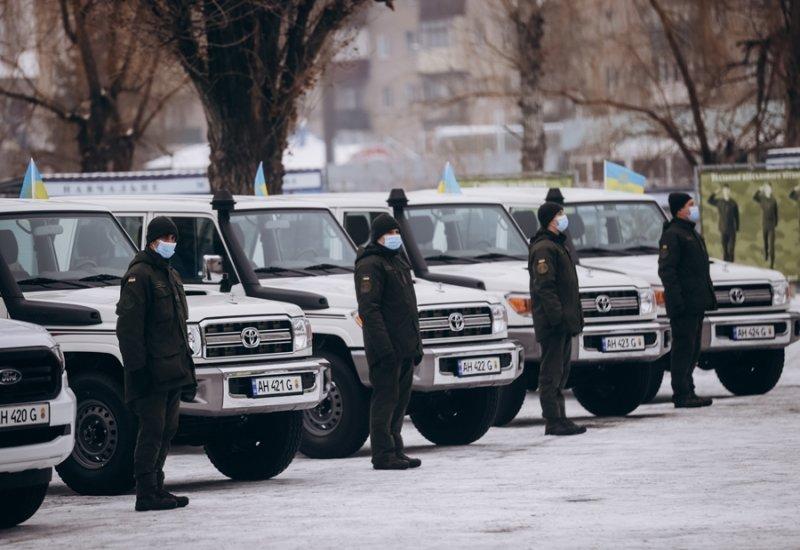 Слов'янському полку НГУ передали службові автомобілі, фото-1