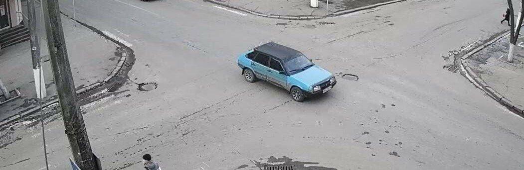 Підроблений паспорт, наркобізнес та ДТП - що сталося у Слов'янську за минулий тиждень, фото-5