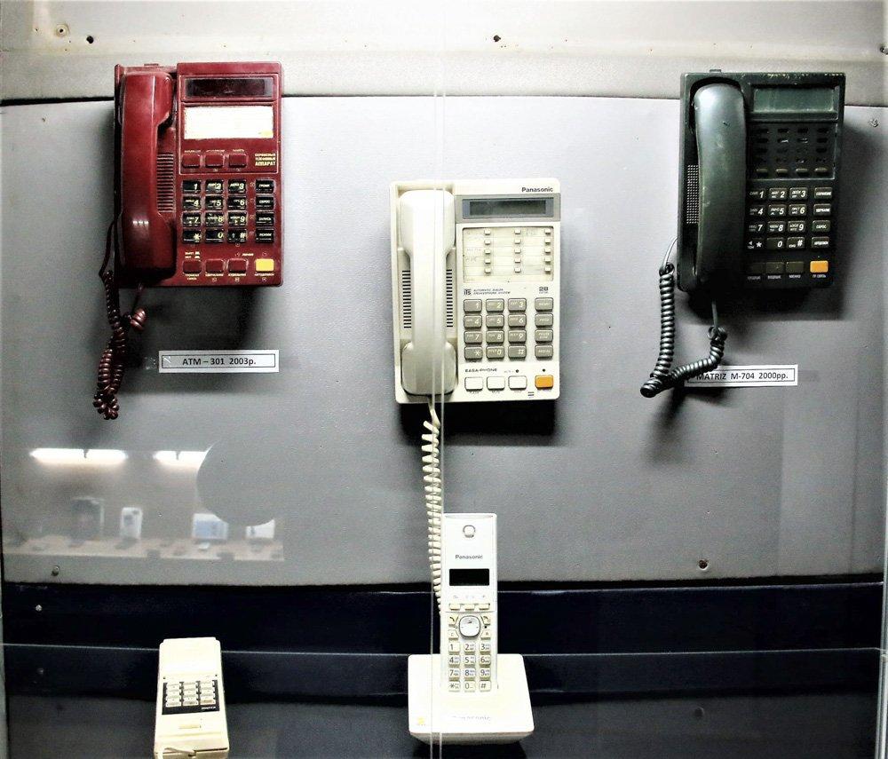У Слов'янському музеї працює виставка старих та раритетних телефонів, фото-4
