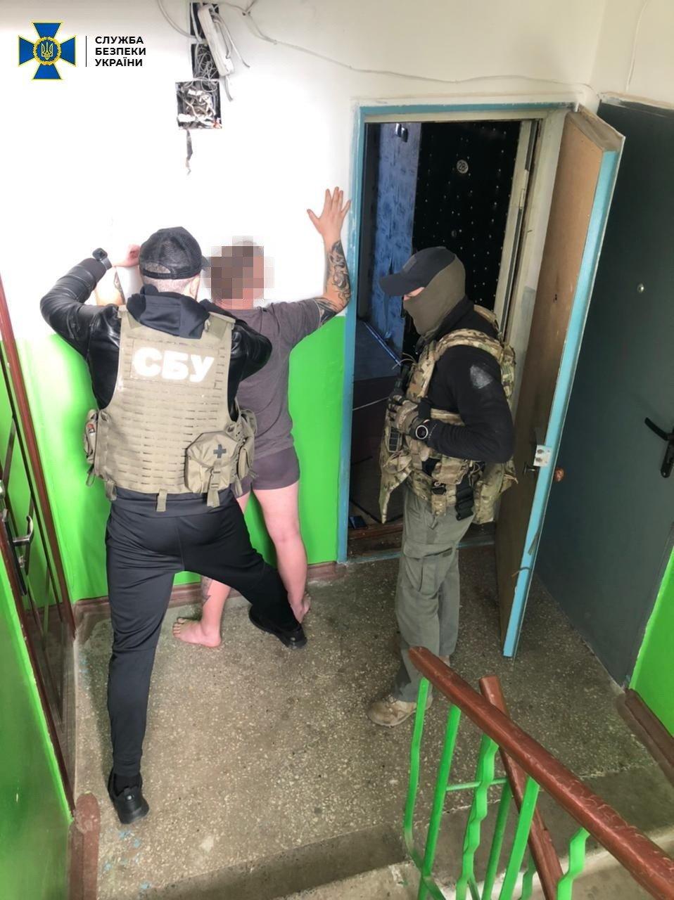 У сусідньому Краматорську у наркоторговців вилучили 5 кг психотропів, фото-5