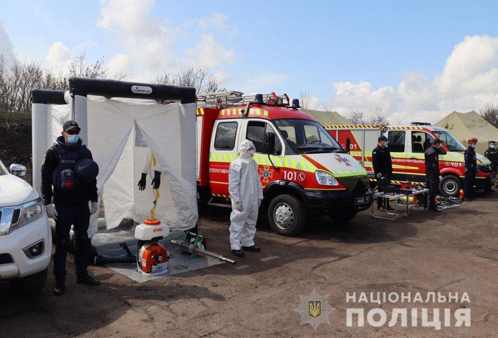 Тактика, топографія та зброя - поліцейські Донеччини провели навчання на полігоні, фото-2