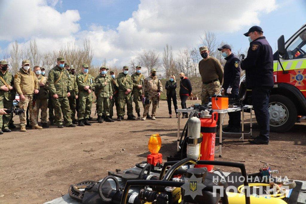 Тактика, топографія та зброя - поліцейські Донеччини провели навчання на полігоні, фото-3