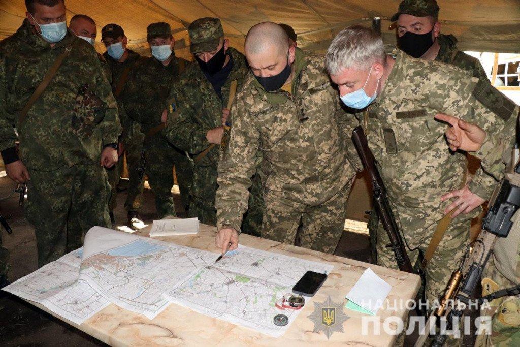 Тактика, топографія та зброя - поліцейські Донеччини провели навчання на полігоні, фото-4