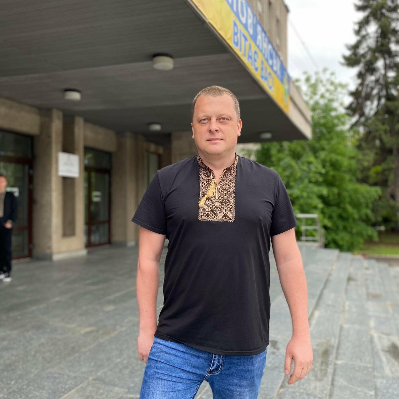 Квартира та зарплата – що у нових деклараціях начальників відділів міськради Слов'янська, фото-1